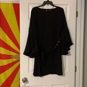 Simply Vera Vera wang flutter sleeve dress size: L